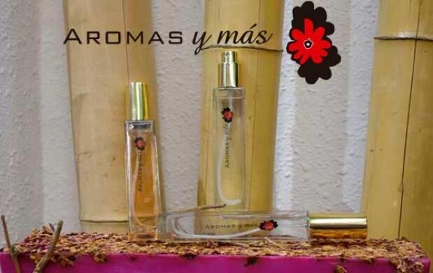 Perfume 55ml, jabón, champú y gel 11€