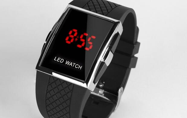 Reloj LED WATCH por 12€