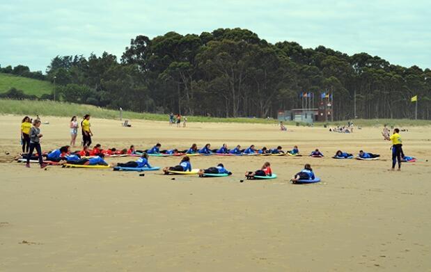 Escapada Surf  en Asturias por 189€