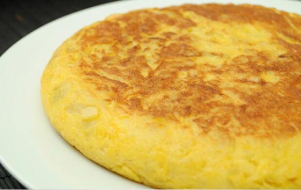 Ensaladilla y tortilla  para 2 por 6 €