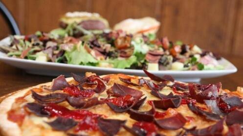 Menú con dos pizzas tradicionales por 18,90 €