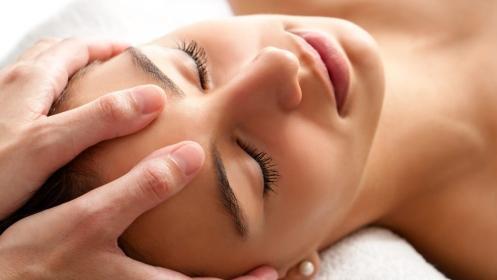 Masaje relajante espalda, piernas o facial por 9,90 €